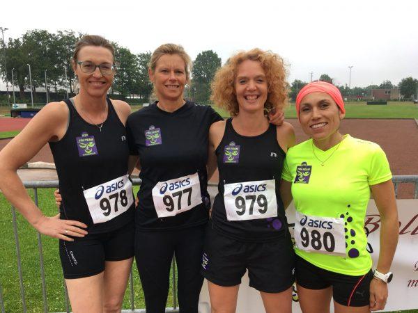 WZK Tri-Team dames estafetteploeg rent naar 3eplaats in Lisse